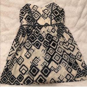 Trixxi v neck dress never worn